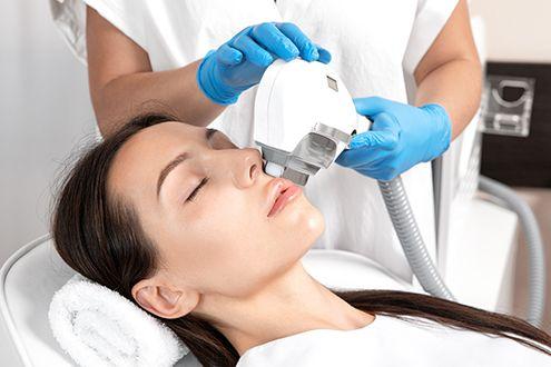 Zenza - Schoonheidssalon - Zonhoven - MedCos ipl huidverjonging